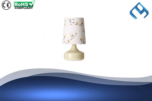 Glass-Table-Lamp-Offwhite
